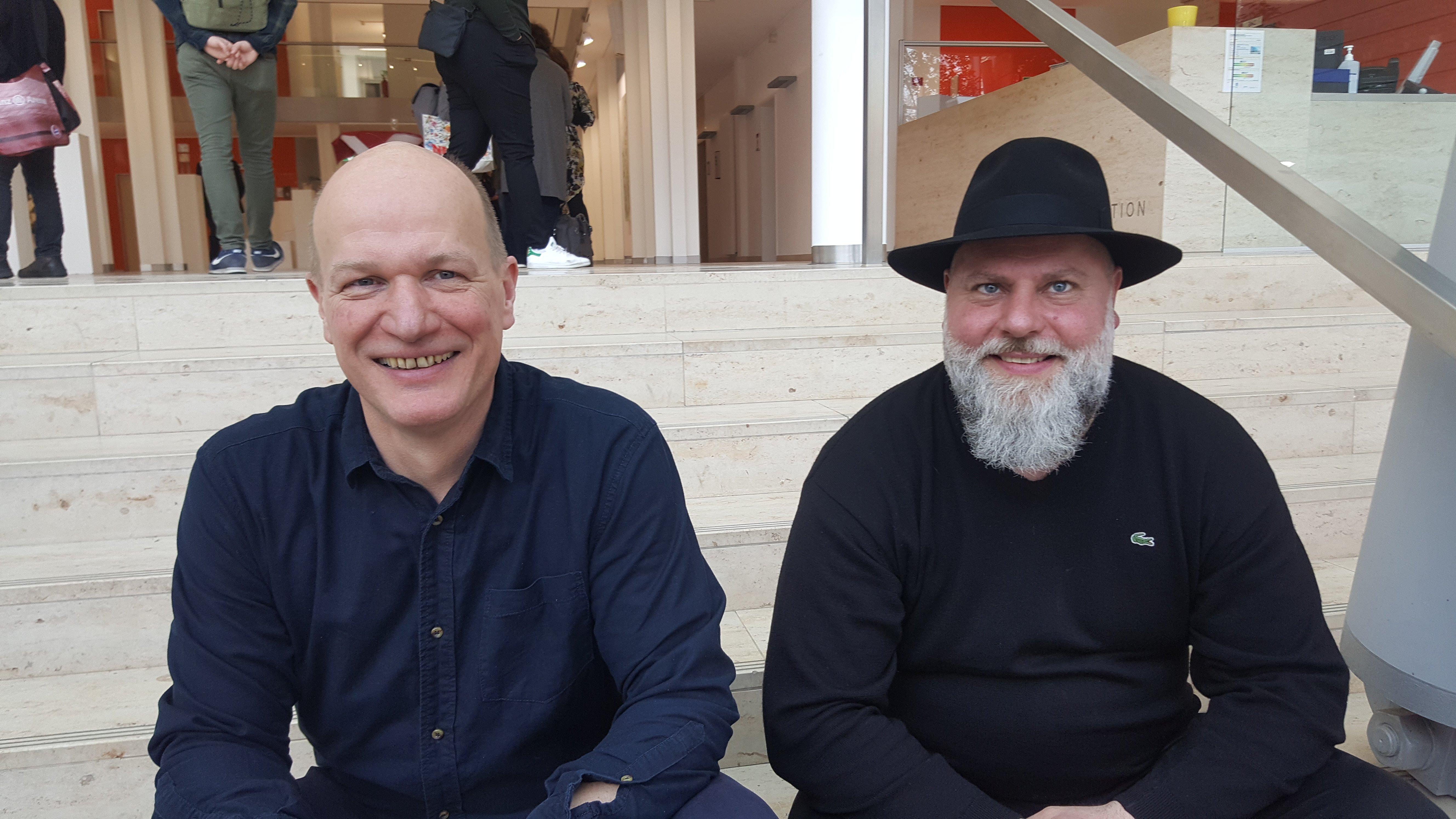 Thomas Hoffmann und Laudator Dieter Nusbaum von der Overhead Gallery - Foto: Jörg Bockow