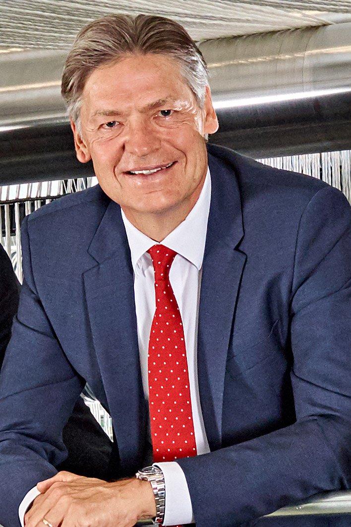 Leitet den IHK-Außenwirtschaftsausschuss: Vorsitzender Dr. F.-Hans Grandin (Vorsitzender der Geschäftsführung der Huesker Gruppe, Gescher).