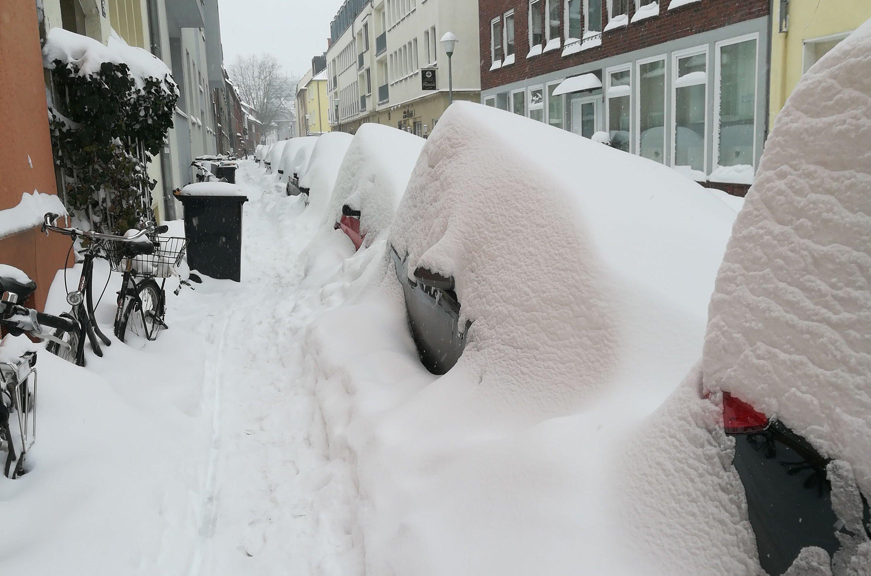 Erste Herausforderung. Auto finden! Dann Ausparken?