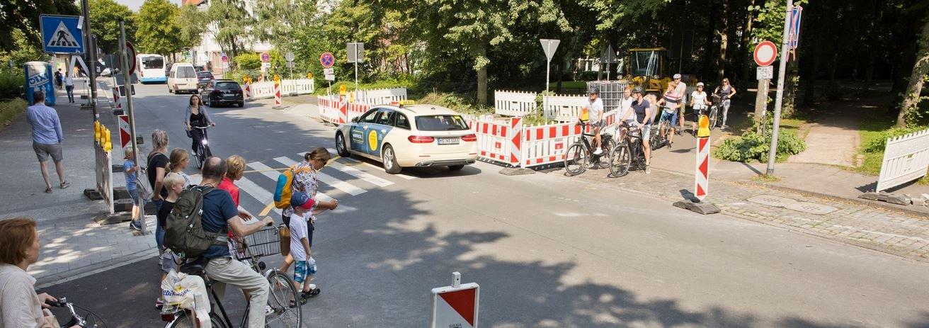 Am Neubrückentor wird die Vorfahrtsregelung zugunsten der Radfahrenden geändert.
